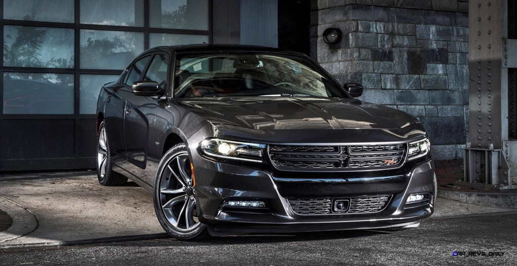 the new 2016 dodge charger r t is a jaw dropper hodge. Black Bedroom Furniture Sets. Home Design Ideas